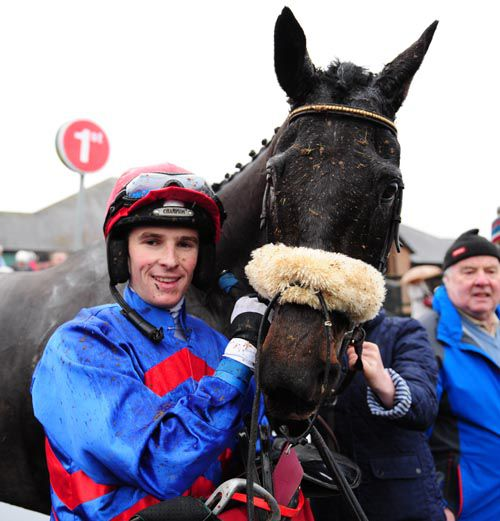 Richie Deegan and Followmeuptocarlow, with trainer Tom Donohue (right)