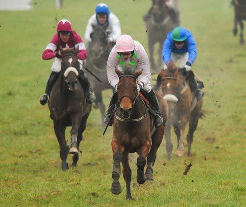 Marito and Ruby Walsh on there way to victory from Savello ((left) and He'llberemembered (right)