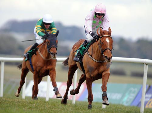 Annie Power goes away from Defy Logic