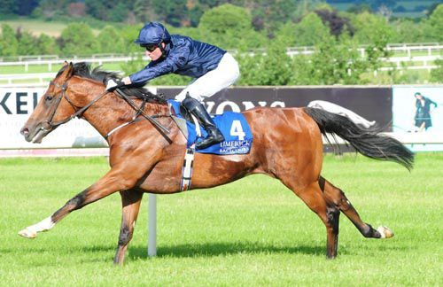 Toscanelli is ridden out close home by Seamie Heffernan
